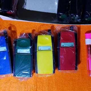 (已多谷同步)懷舊電話,打火機,一盒10個,每盒$100元(平均10元1個)懷舊 打火機 要自行入氣,(存放在粉红箱)
