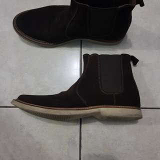 Chelsea boots local made