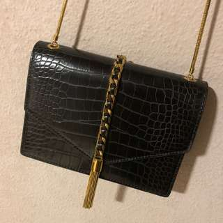 Charles n Keith Black with Gold Chain Bag