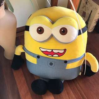 Giant minions stuffed toy