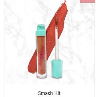 Velvet vanity smash hit