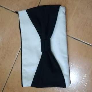 Clutch bag/makeup kit bag (Bow design)