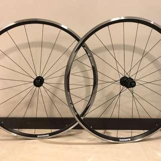 Shimano RS010 11-Speed Clincher Road Bike Wheel Set