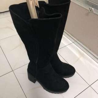 黑色長boots 原價$699