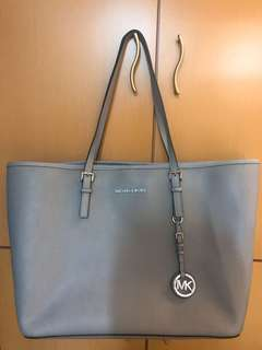 Michael Kors Jet Set Travel Medium Tote Saffiano Leather Bag Steel Grey