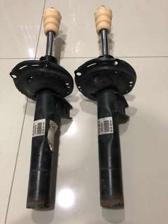 Audi A3 8v - stock suspension/shock absorber