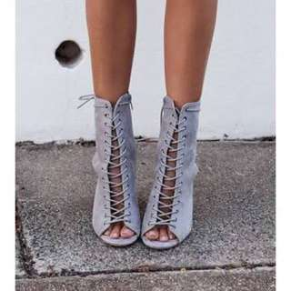 Bambi billini lace up boots block heel grey