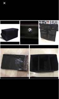 Car boot storage organizer for BMW