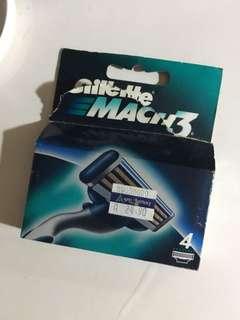 Gilette Mach3 refill razors