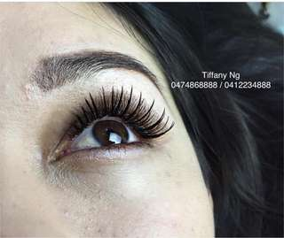 Dolly wink style eyelash extensions