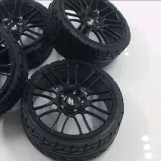 1/18 Limited Edition Gloss Black Rims/Wheels for Model Cars