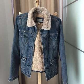 Authentic Abercrombie & Fitch A&F Vintage Denim Lined Jacket (Distressed)