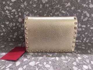 Valentino金色小手袋💕