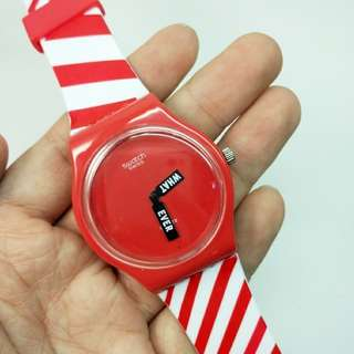 swatch whatever merah