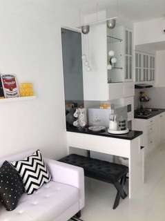 Jual. Apt. Puri Park View. Tipe 2BR. Full Furnished. Nego