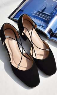 bn black heels