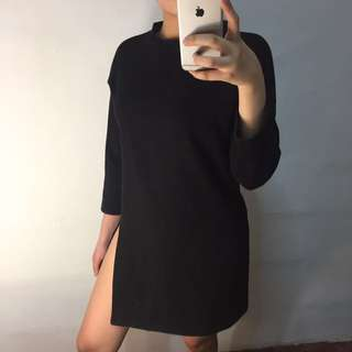 Sweater dress with slit 😍