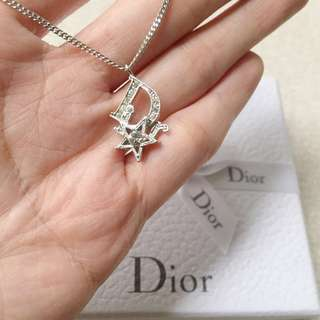 AUTHENTIC DIOR Rhinestones Star Necklace