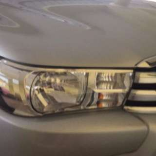 hilux 2.4g headlight