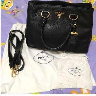 100% Real Prada handbag 99% new (牛皮)Reebonz 賣緊$14880 真皮袋 5種用法 😊