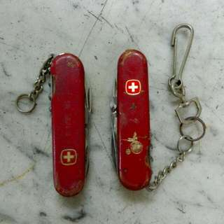 2 Swiss Army Pocket Knives