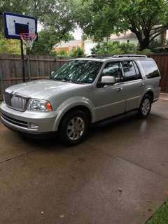 2005 Lincoln Navigator 4X4