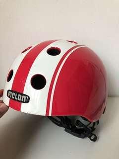 'Melon' kids safety helmet