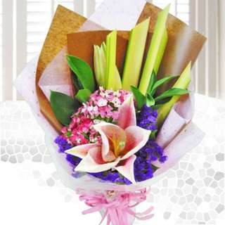 [FREE DELIVERY] Pink Lily Hand-bouquet (955-LL)