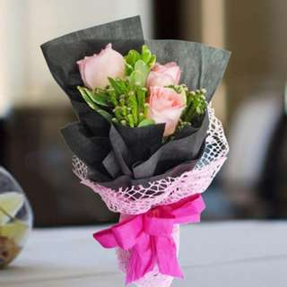 [FREE DELIVERY] Peach Roses Hand-bouquet (955-PE)