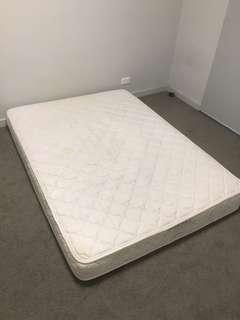 Double bed mattress (foam)