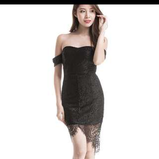 Room 8008 Off Shoulder Black Lace Dress