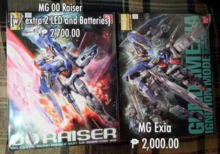 MG 00 Raiser(w/ Extra 2 LED and batteries)
