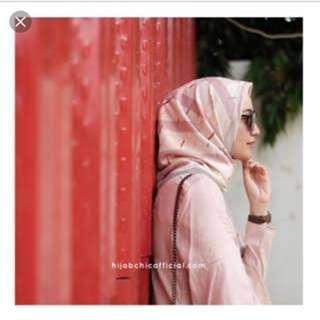 Akari printed scarf by hijabchic beli rp205rb