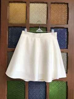 White skater skirt (never used)