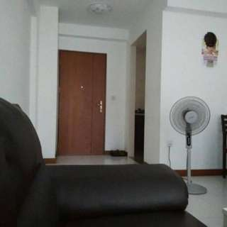 Boon lay drive..180b..3 room flat..master room open