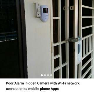 Door Sensor ip-camera with WiFi networks connection to mobile phones Apps