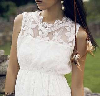 純白蕾絲連身裙 White dress