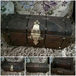 Antique Treasure Chest (10cm By 21cm)