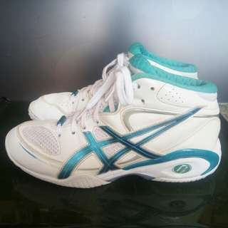 Asics womens shoe from japan