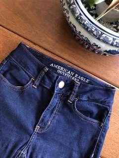 Dark blue American Eagle Jeans (high waisted)