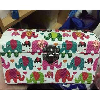 大創大象紙盒