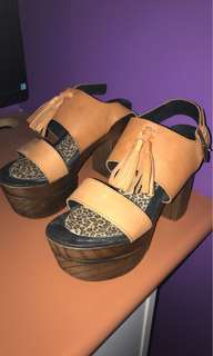 Windsor Smith Clogs -Tan Size 40 (AUS 9)