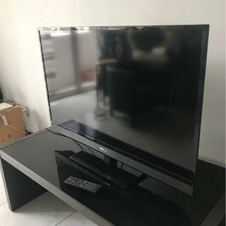 Re-listing - Used - Toshiba LED TV, 40in, Model No. 40PB200E
