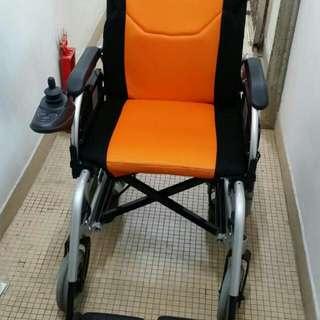 """二手 新淨 FS110AL(廠出型號),鋁合金18""""電動輪椅"""