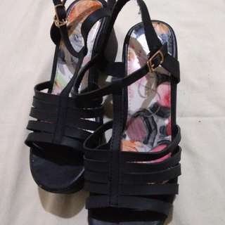 CLN Elevated Shoes
