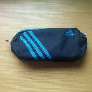 Adidas toilet bag