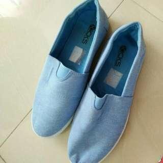 Kicks Blue shoes