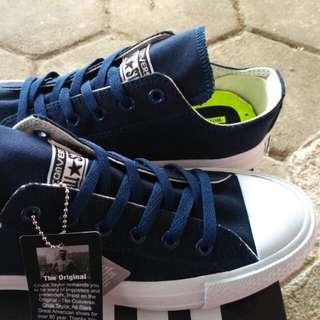 Sepatu All Star