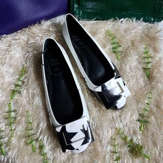 Authentic Roger Vivier Gommette T-Shirt Stars White Ballerina Flats Size 35 but fits to size 36