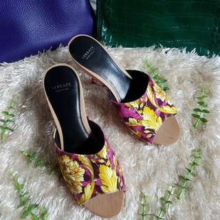 Authentic Versace Barocco In Pink Clogs Pump Sandals Size 35